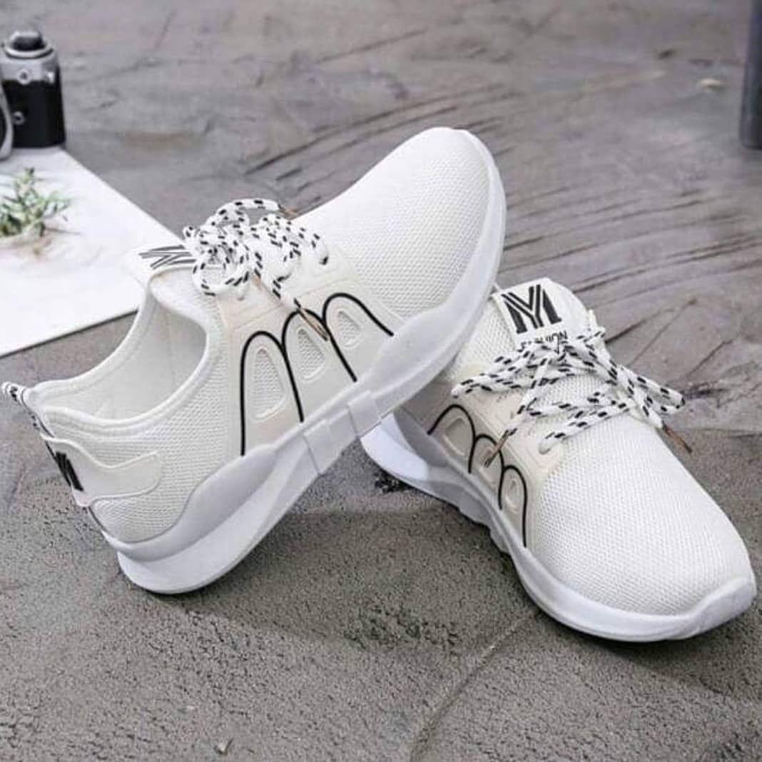 Sepatu Maisie Idr 65 000 Warna Putih Hitam Pink