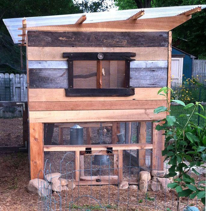 Side of coop Handy chicken door Roof panel detail Garden coop – Chicken Coop With Garden Roof Plans