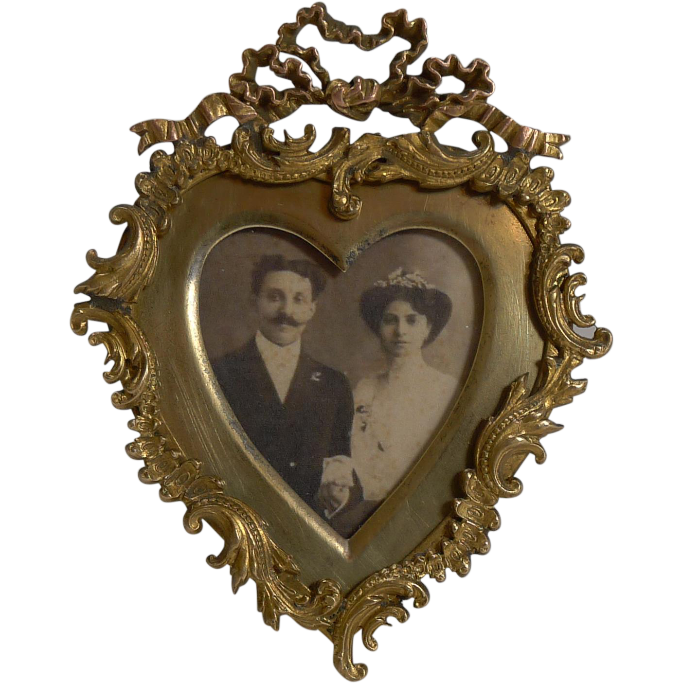 Quality Small Antique Heart Shaped Photograph Frame C1880 In 2019