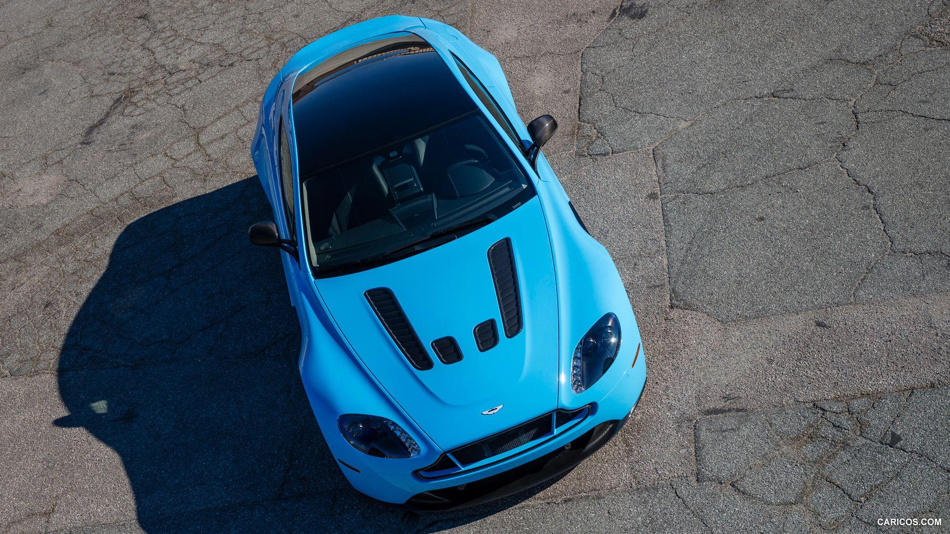 Aston Martin V12 Vantage S In Flugplatz Blue Aston Martin V12 Aston Martin V12 Vantage Aston Martin