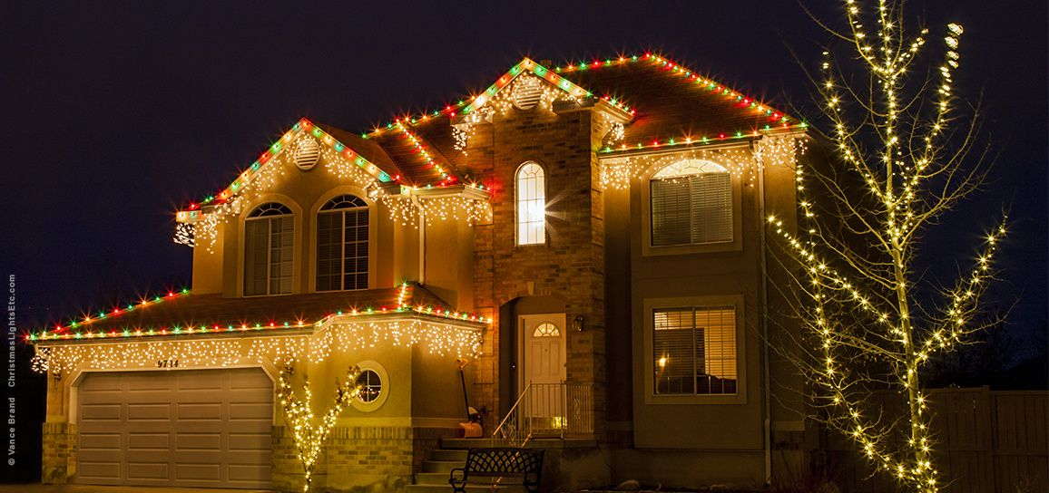 Outdoor Christmas Lights Ideas For The Roof | Love These String ...