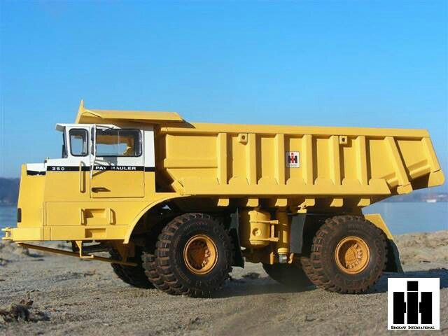 looks like a international payhauler 350c belaz just brought a 450 ton off highway hauler with. Black Bedroom Furniture Sets. Home Design Ideas