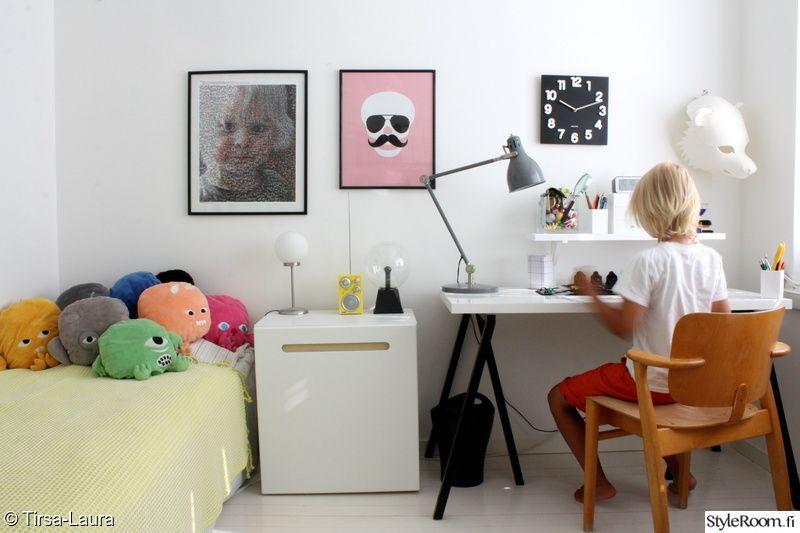 kouluaisen huone,lastenhuone,työpöytä,domus,juliste