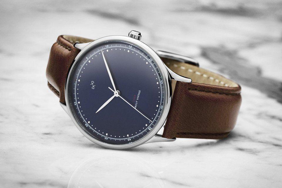 nouvelle sélection remise spéciale de mode de premier ordre About Vintage lance sa montre