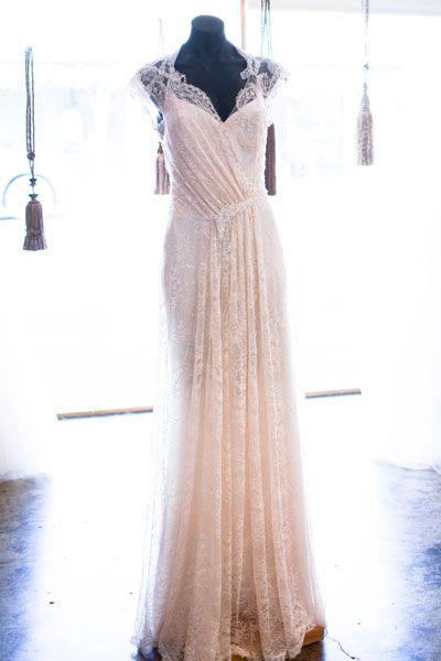 Looking for Best Vintage Wedding Dresses Shop in Adelaide? Rapsimo ...