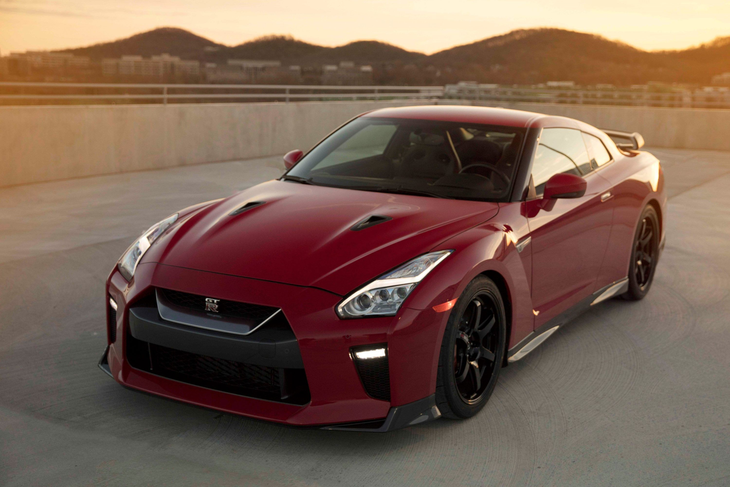 Nissan Gt R Track Edition To Make Us Debut At New York Auto Show Trackworthy Nissan Gt R Nissan Gt Nissan Gtr 2014 nissan gt r track edition 2