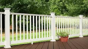 Best Lowes Decking Composite With White Railing Google Search 640 x 480