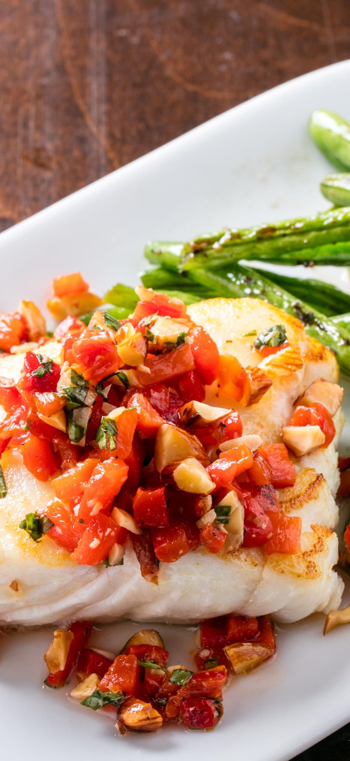 Pan Seared Cod With Blistered Green Beans And Red Pepper Relish We Ll Show You How To Cook Fish For A Quic Seafood Dinner Best Seafood Recipes Stuffed Peppers