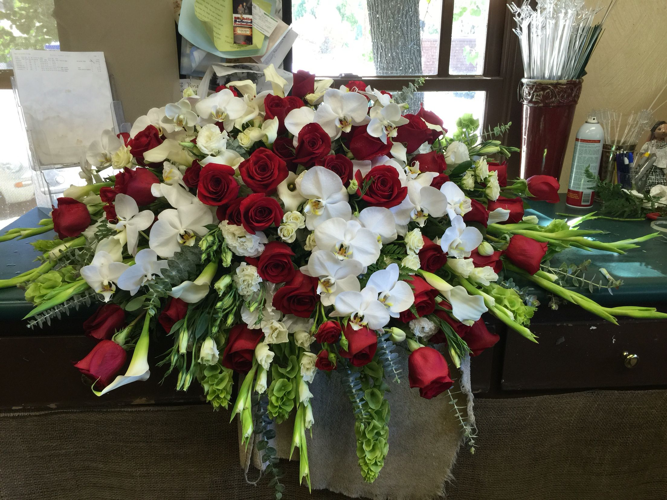 Casket Spray Funeral Pinterest Funeral Funeral Flowers And