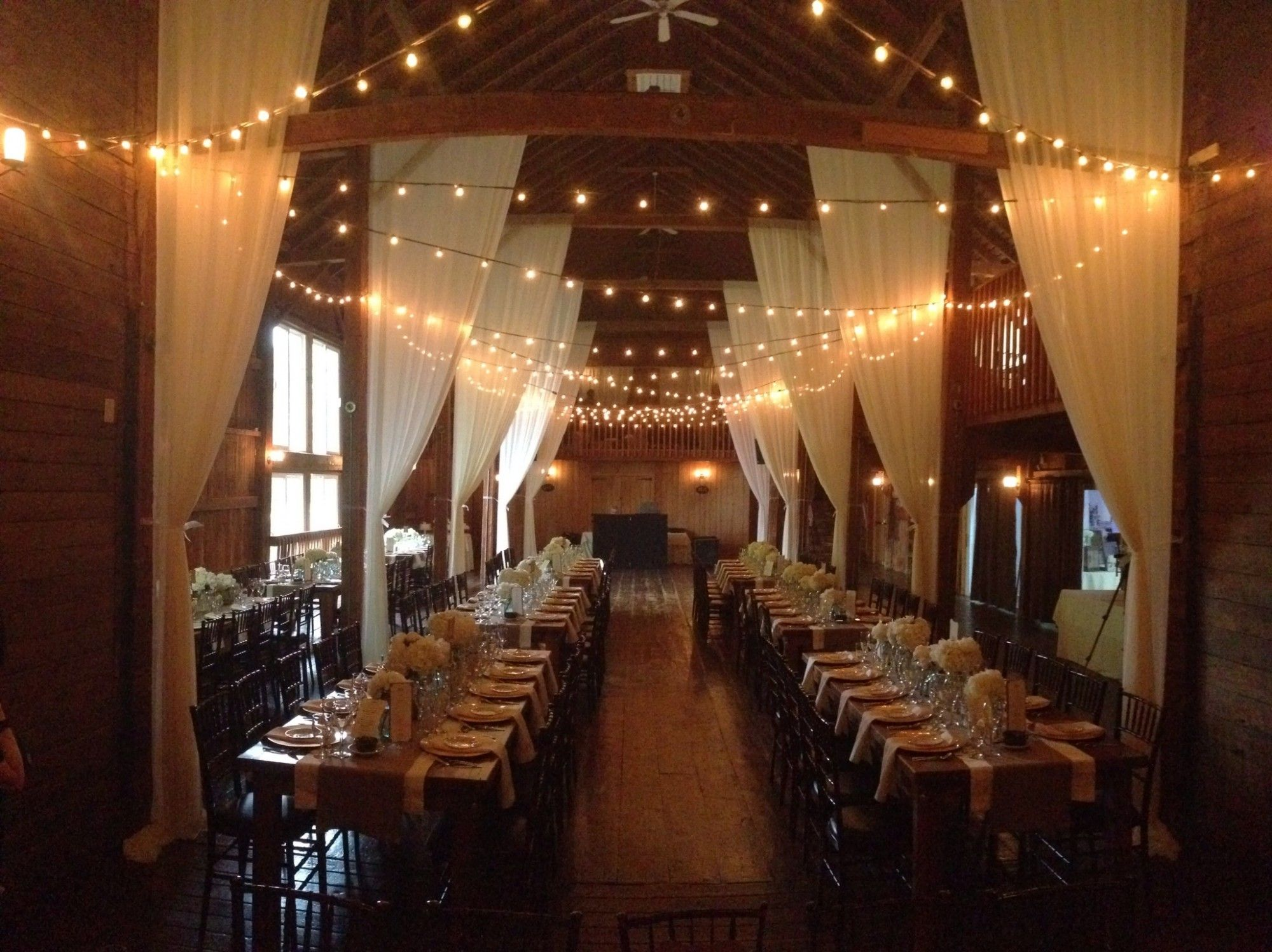 The Connecticut Wedding Group Blog Farm Tables At The Barns At