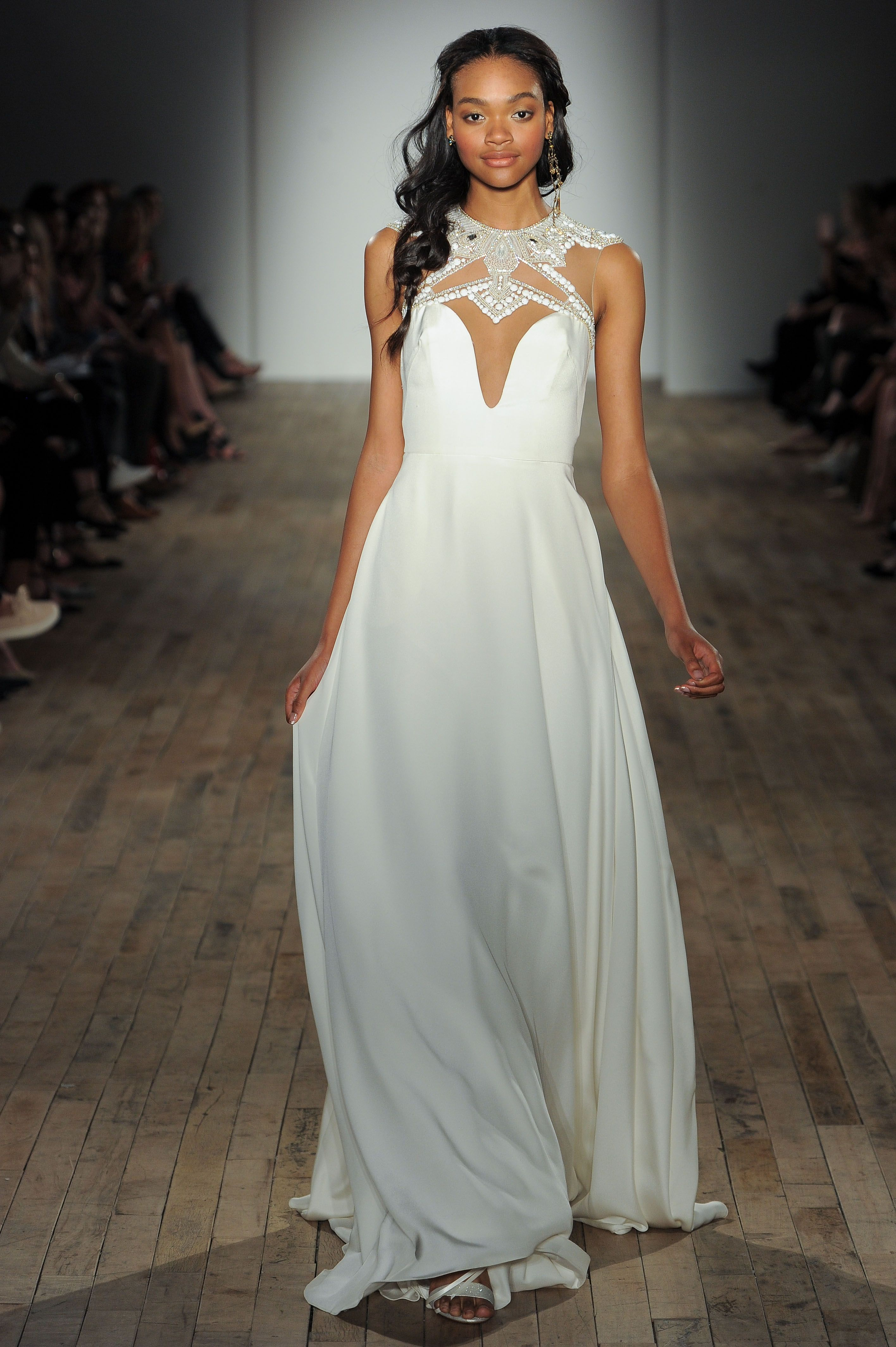 Style 6759 Cleo Ivory silk crepe A line, curved sweetheart