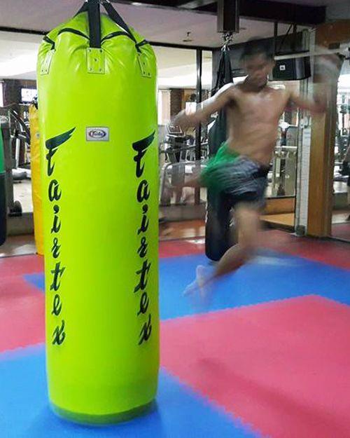 New Fairtex Muay Thai Kick Boxing K1 Mma Leather 7ft Pole Heavy Bag Hb7 Unfilled