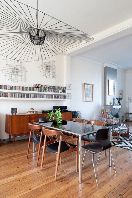 Une résidence rétro inspirée par les années 50 Salons, 50th and Retro - lustre pour salle a manger