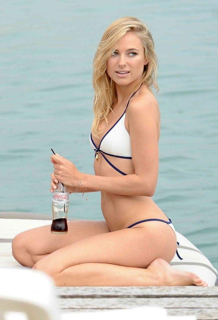 Celebrity Kimberley Garner naked (29 photo), Topless, Fappening, Feet, butt 2019