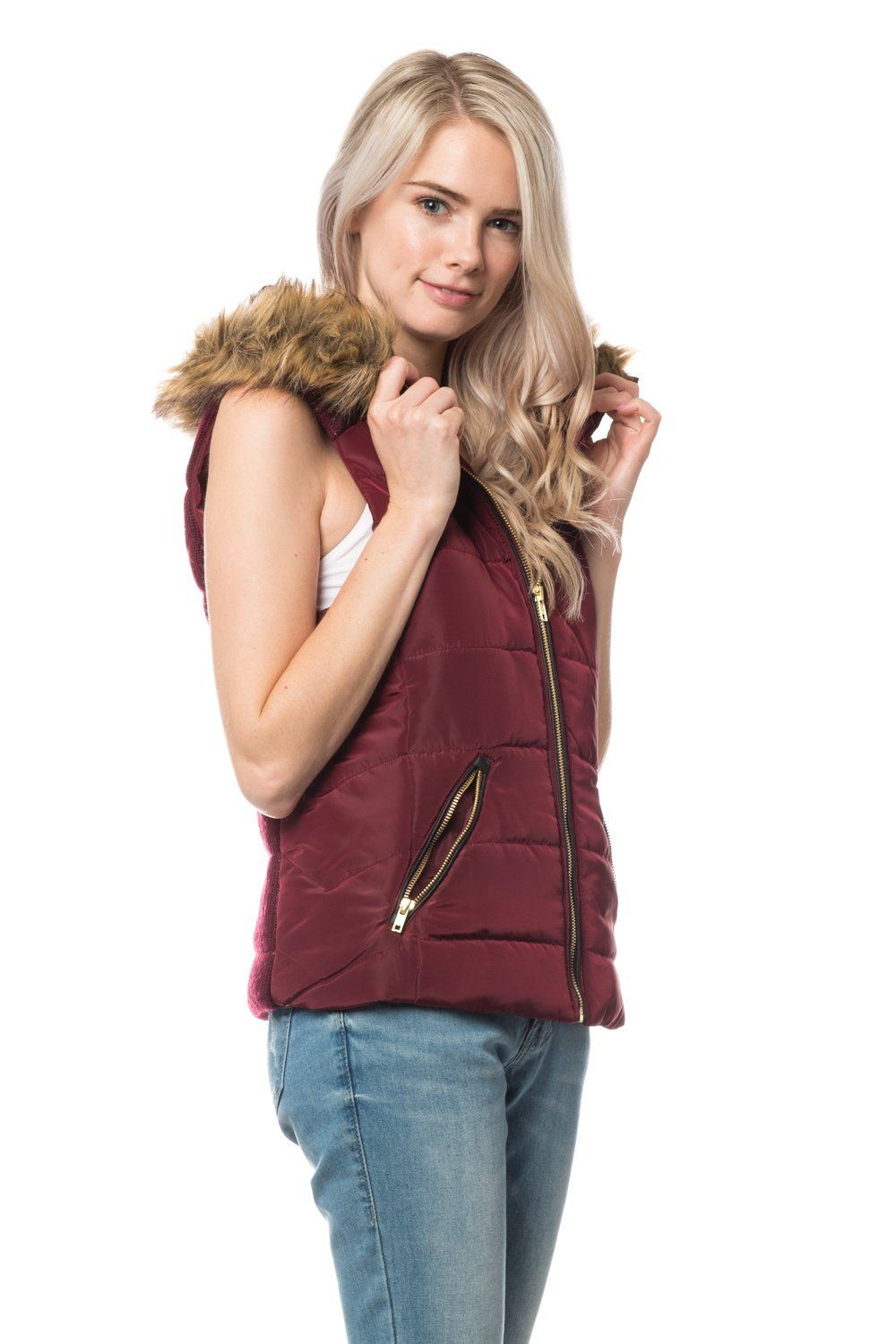 a54d5de5c17b6 Give your outfit a flare of the sports look with our lightweight sleeveless  military anorak vest