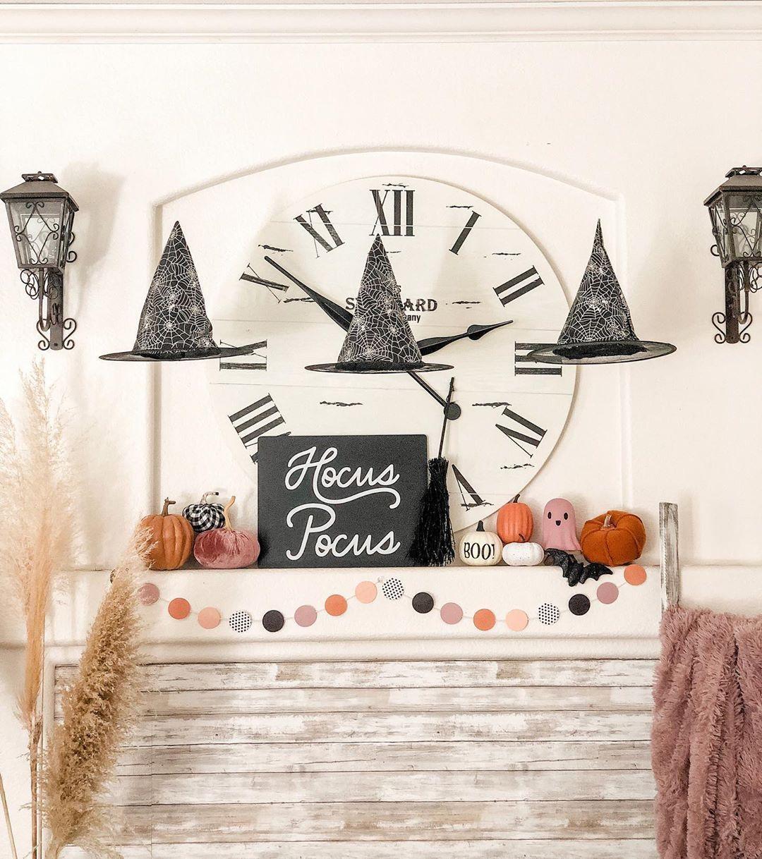 Annette On Instagram It S Just A Bunch Of Hocus Pocus Halloweendecor Halloweenmantle Fall Halloween Decor Halloween Bedroom Vintage Holiday Decor