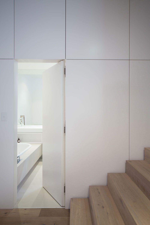 Nice 35 Insanely Creative Hidden Doors For Secret Rooms: #residence #williams #leopardi #medindie #burtonWilliams