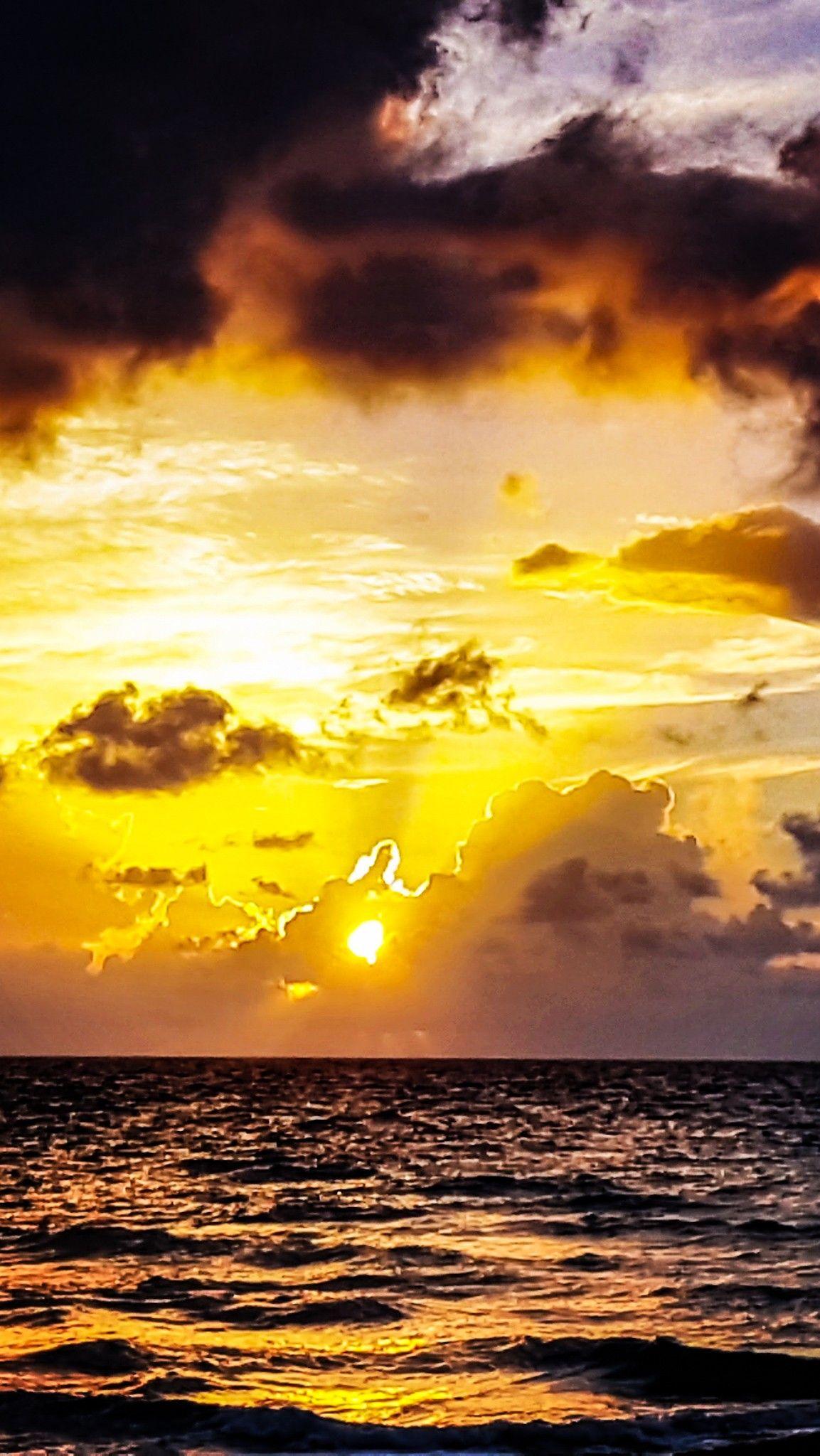 Amazing Colors At Sunrise Sunrise Pictures Beautiful Nature Nature Pictures
