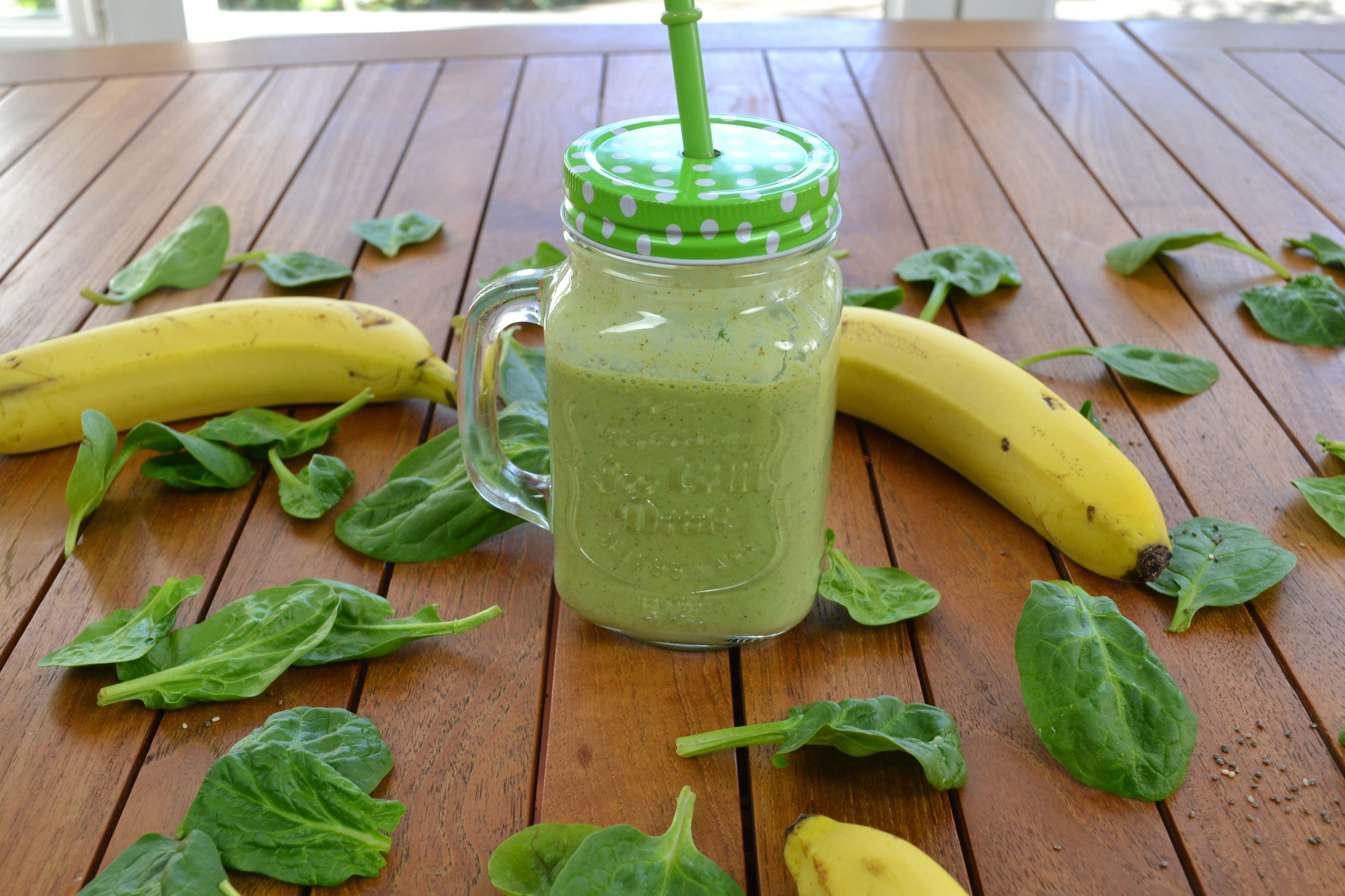 Hoy tenemos smoothie con un alto contenido en proteínas. Puedes ver el vídeo de la receta en mi canal de youtube.