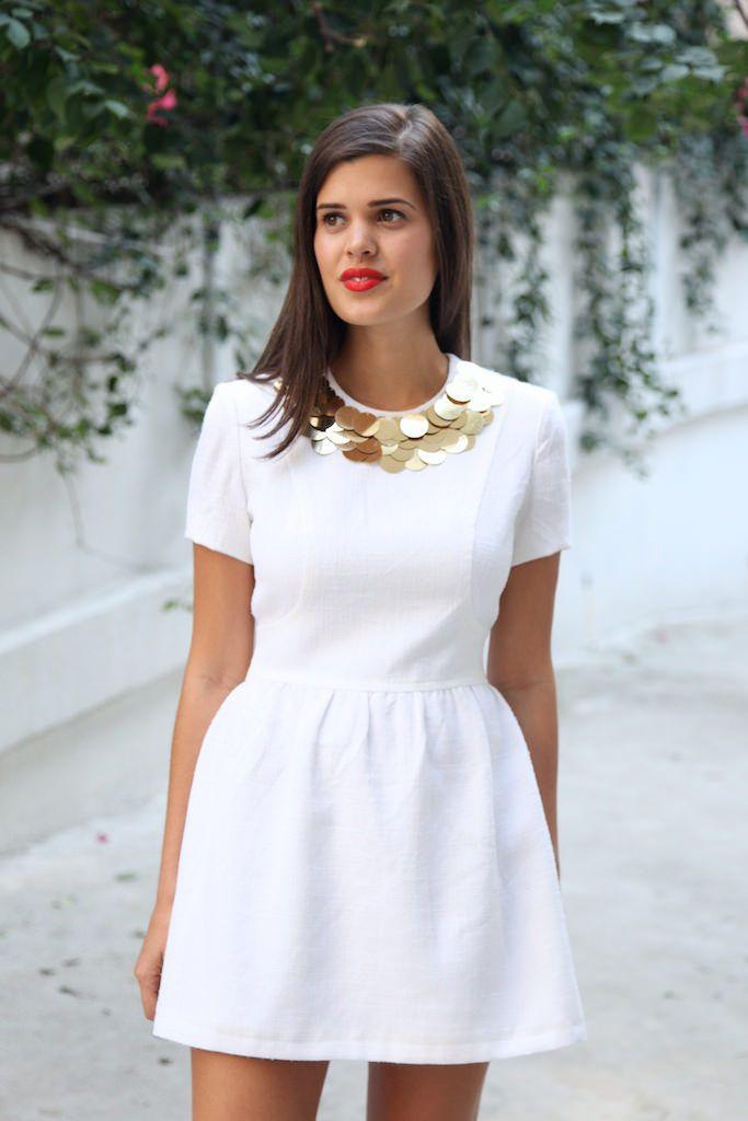 So pretty! DIY dress ideas for the holidays. via apairandaspair.com