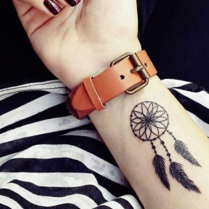 Berühmt ▷ 1001 + idées de tatouage attrape-rêve symbolique | Tatouages  XS06