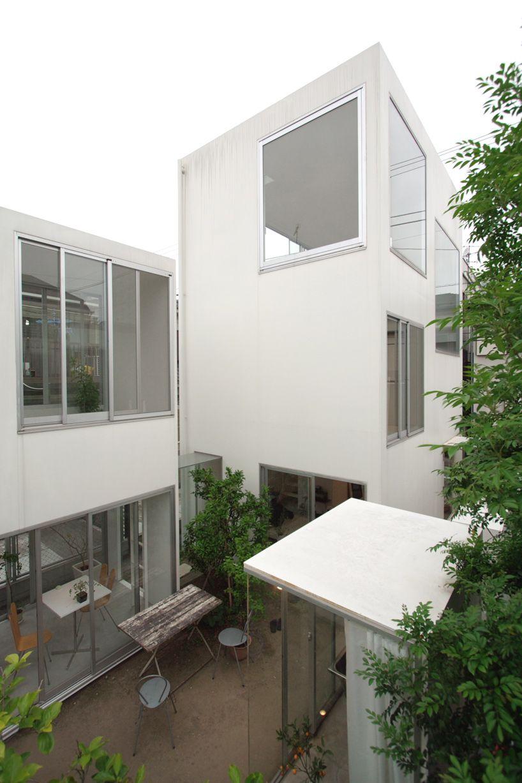Mehrabad House Sarsayeh Architectural Office: Moriyama House Kazuyo Sejima + Ryue Nishizawa / S A N A A Http://www.sanaa.co.jp/