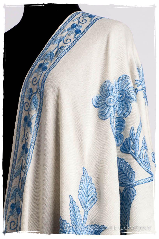 nuances de bleu de l 39 ivoire shawl kashmiri embroidery. Black Bedroom Furniture Sets. Home Design Ideas