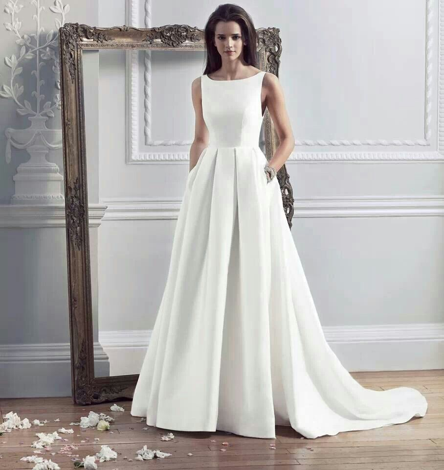 Wedding dresses caroline castigliano audrey hepburn for Simple elegant short wedding dresses