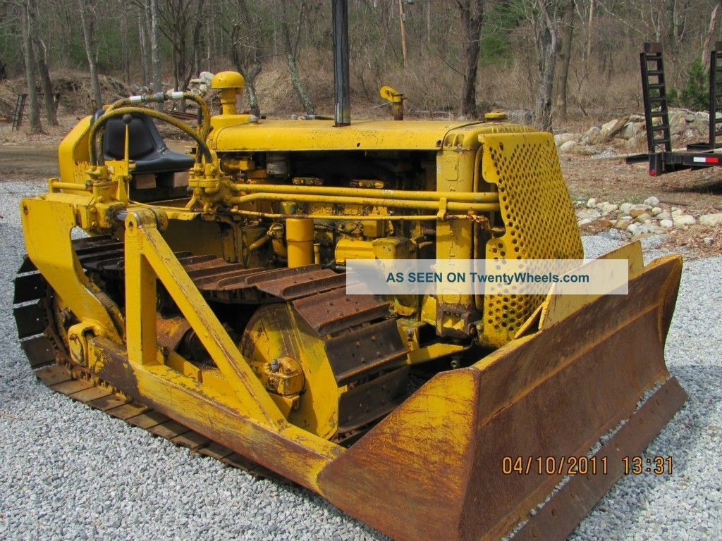 Antique Bulldozers Crawlers | Caterpillar D2 Dozer Cat Crawler