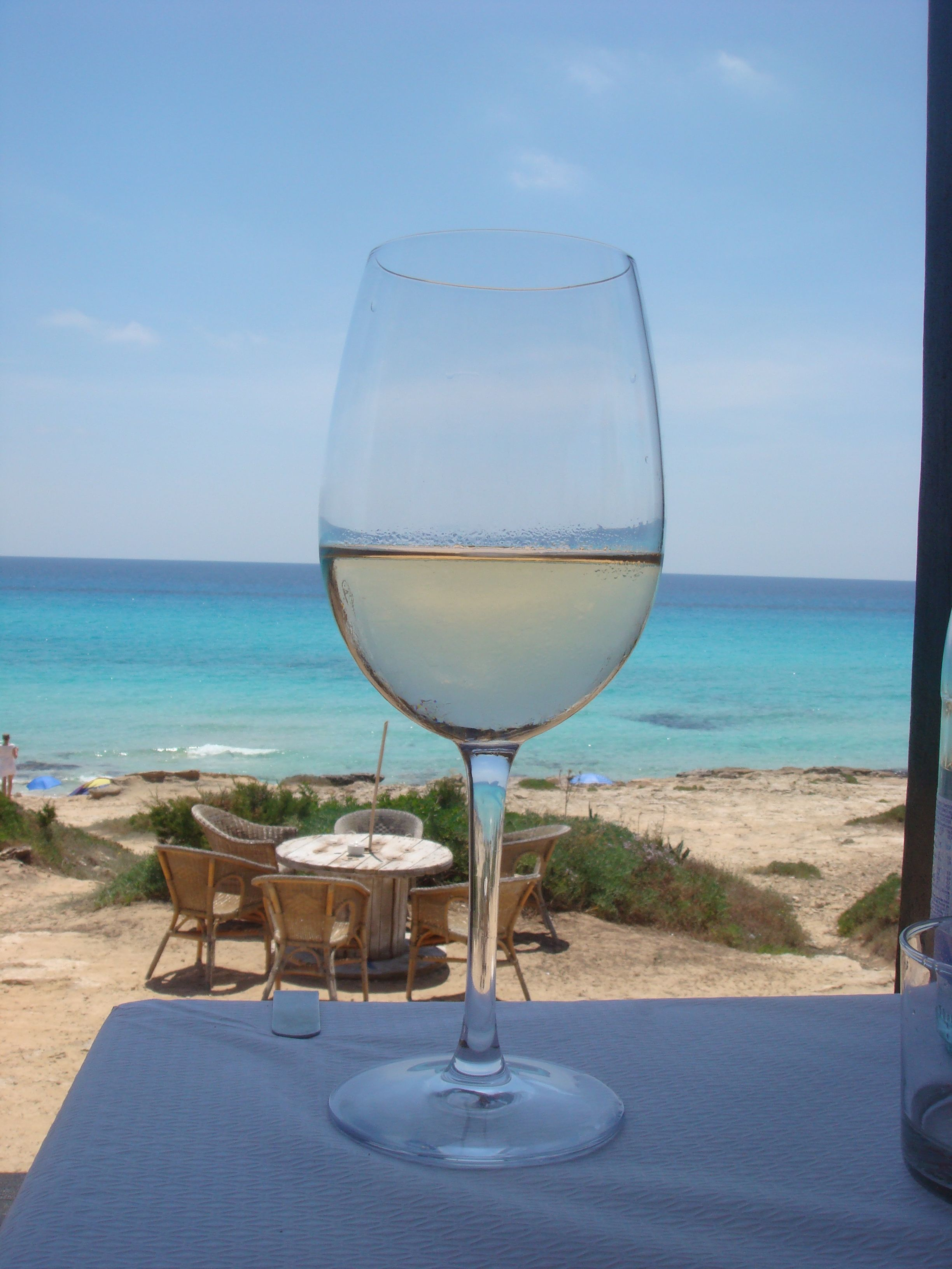 Wine Dine The Beach Wine By The Sea Pinterest Wines And  # Muebles Nomad Ibiza
