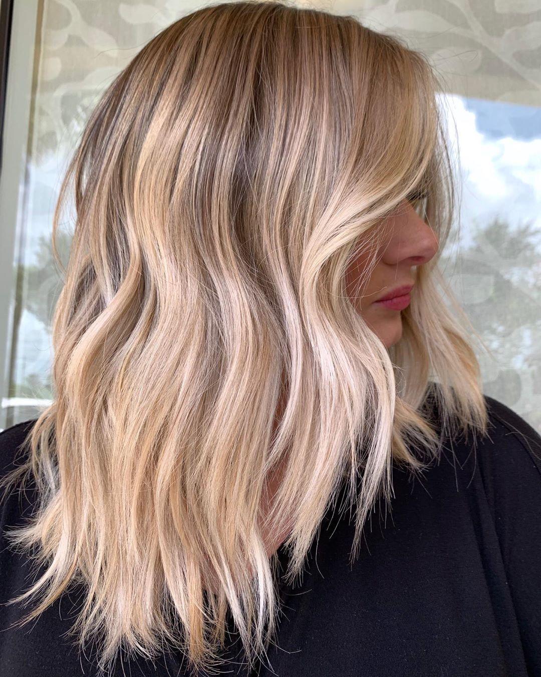 Haarfarbe für den Herbst: Tweed Hair ist die moderne Balayage-Version