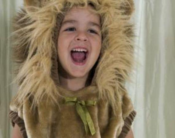 46b22eeb2c How to Make a Lion Mane Headband