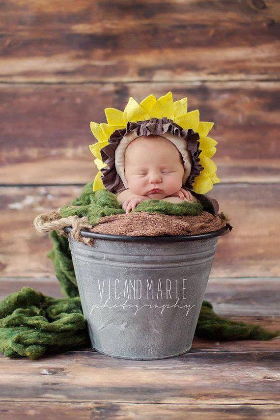 b24c1e39d65 Newborn baby sunflower bonnet photo props by shortycrochet