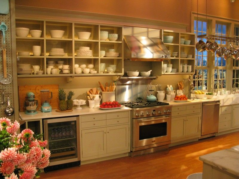 tvkitchen4.jpg (800×600) | Kitchens | Pinterest | Bakery cafe and ...