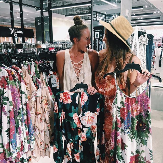 Stopped in to see Show Me Your Mumu at @bloomingdales in Honolulu!