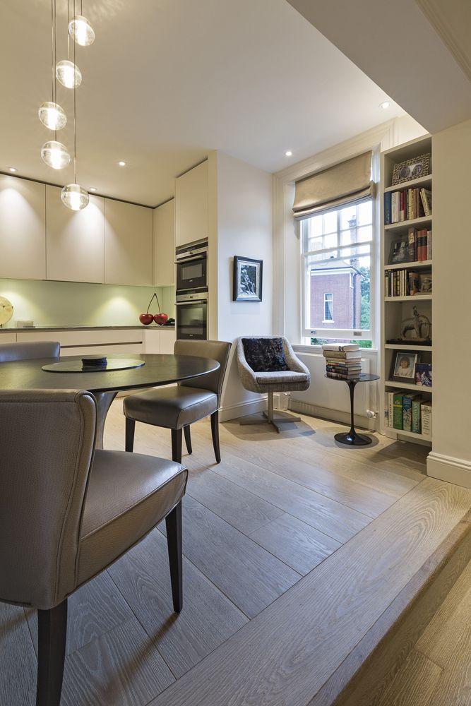 'Griege', Handleless Cabinets Have Been Paired With A