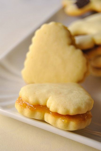 ❤❤ Copyrights unknown. Delicate Milk Cookies.