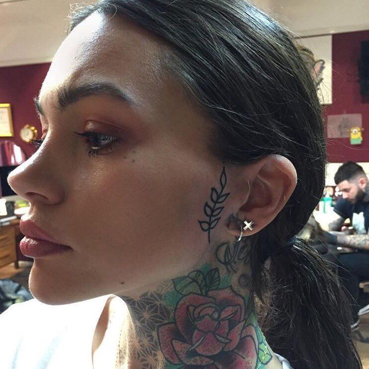 Pin By Goldiee On Vg Mass Effect Face Tattoos Hairline Tattoos Face Tattoos For Women