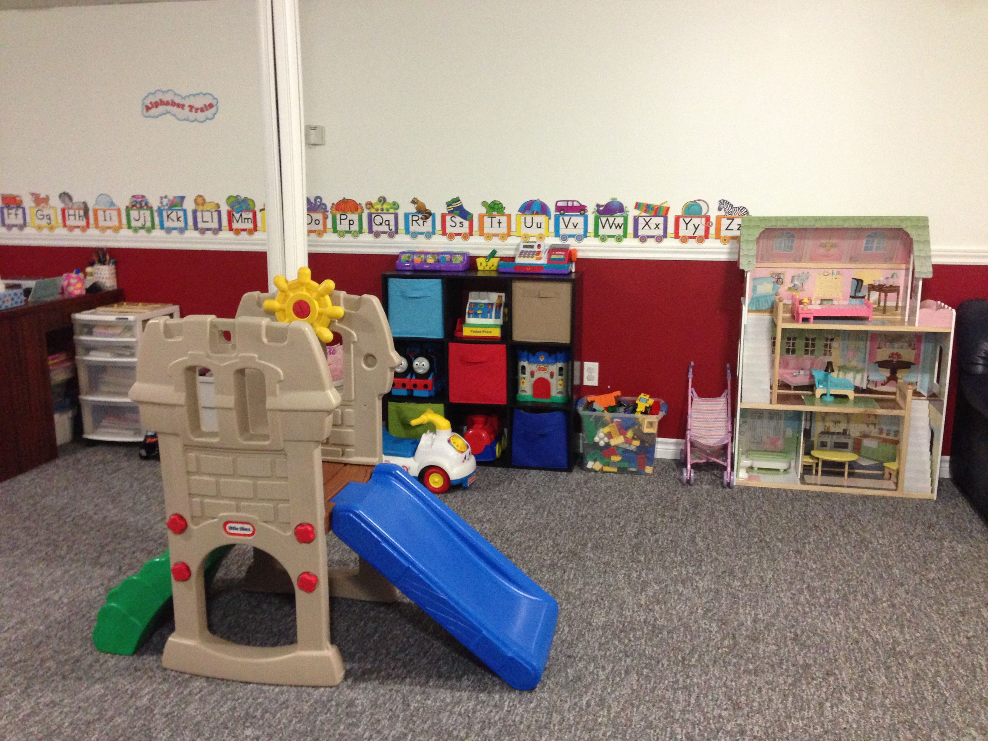 Daycare Room Lots Of Fun Daycare Room Toddler Crafts Daycare