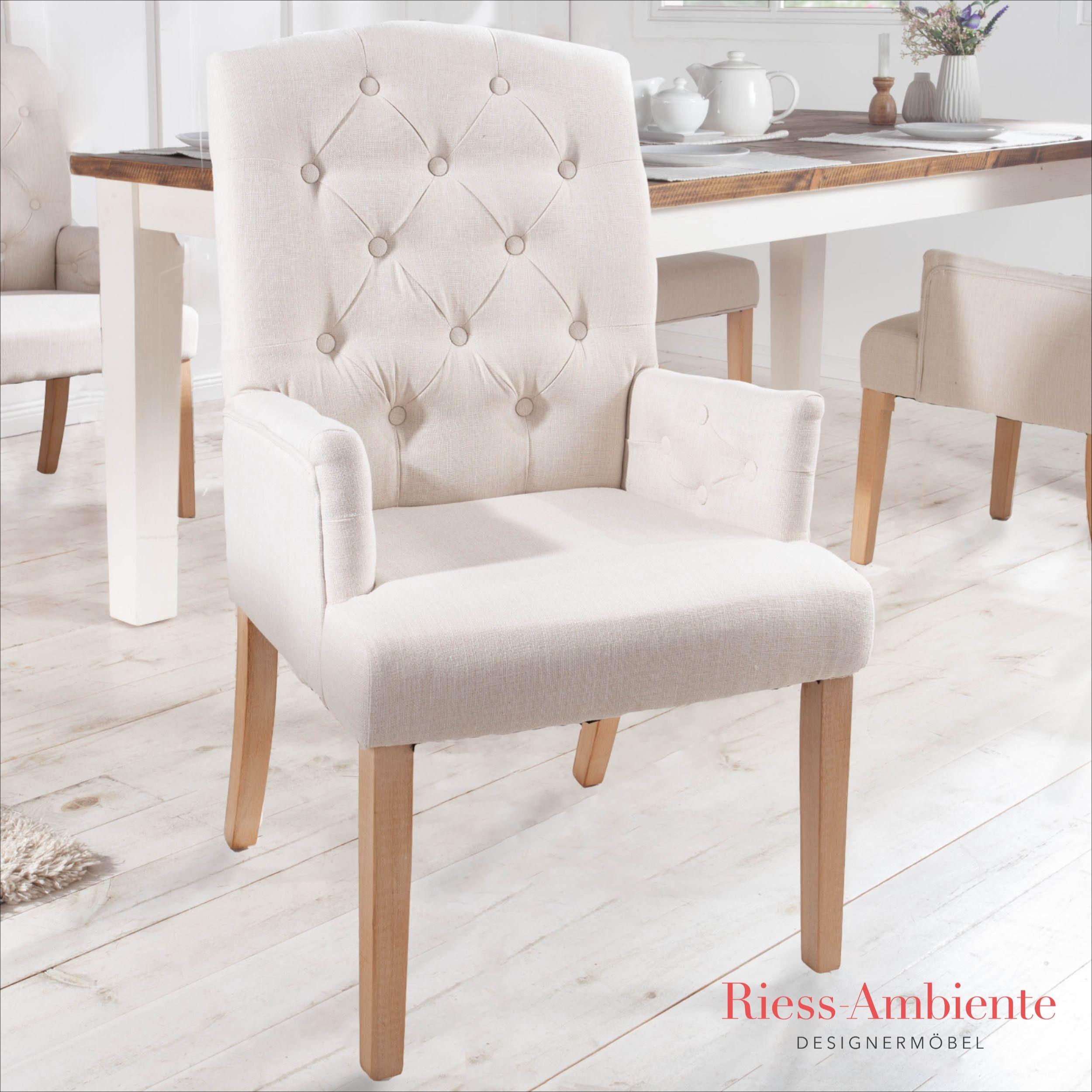Eleganter Armlehnen Stuhl Castle Beige Mit Chesterfield Steppung Im Landhausstil Riess Ambiente De In 2020 Esszimmerstuhl Landhausstil Stuhle