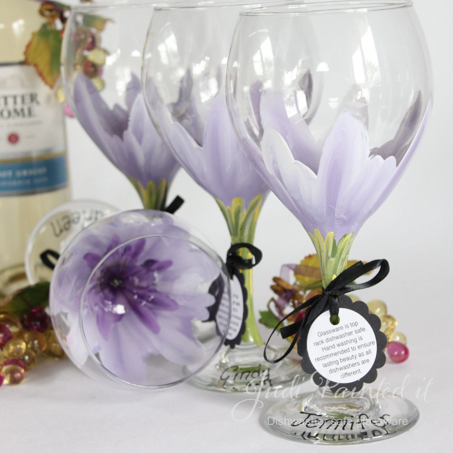 painted+flowers+wine+glasses   ... show girl of flowers judi decided to get creative and bring to life