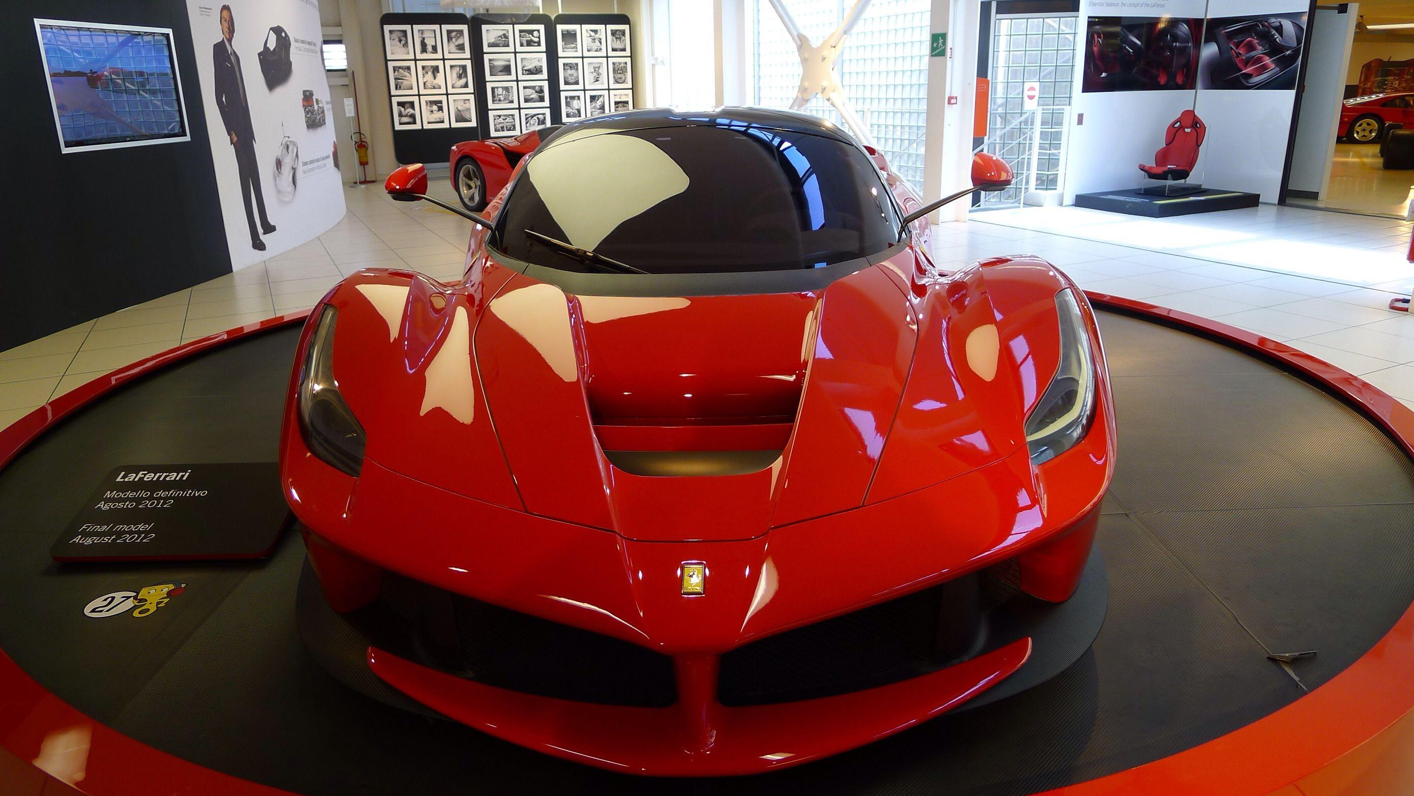 Museo Ferrari, Maranello, Italia | La Bella Italia | Pinterest