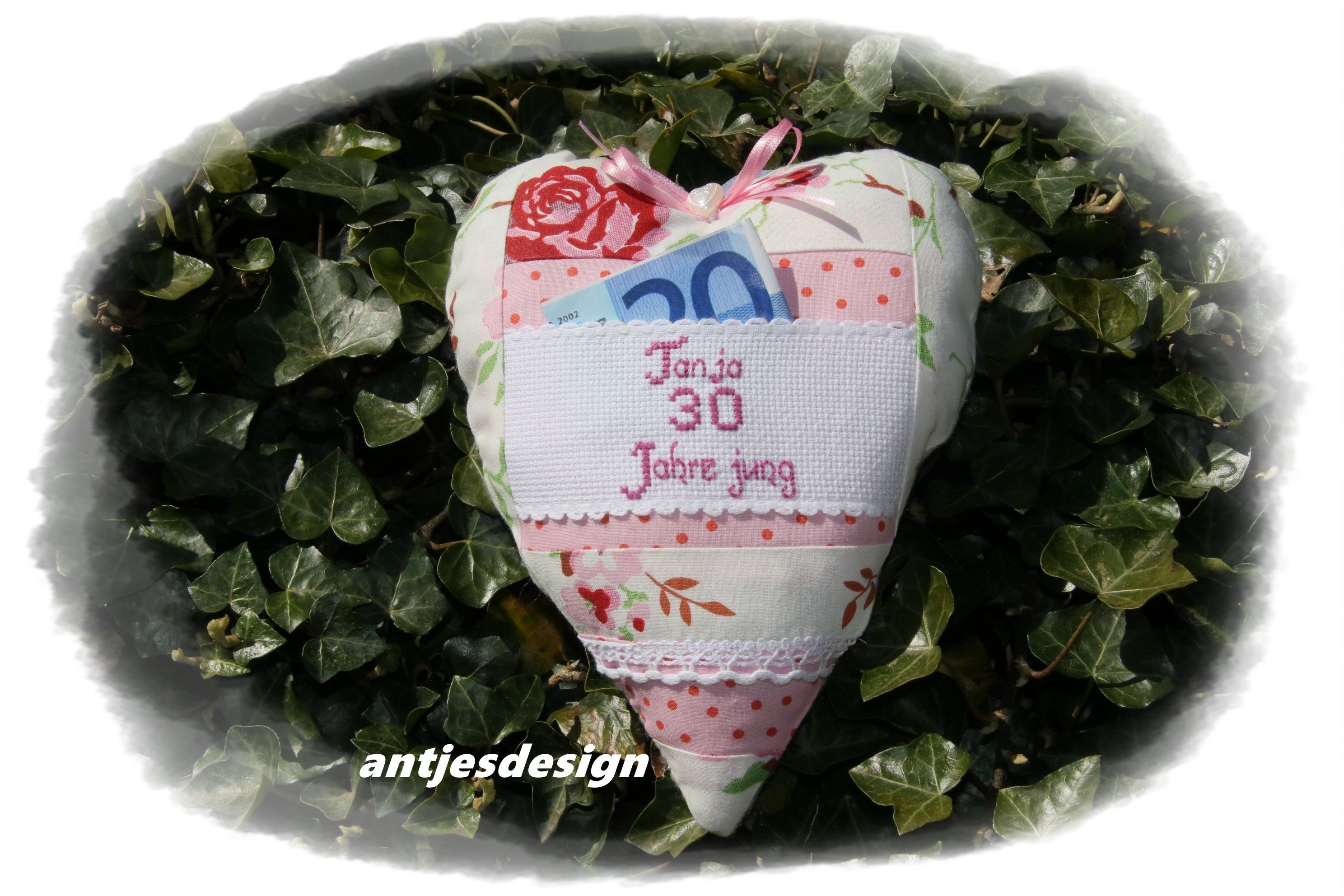 Funny Gift 30th Birthday Cash Gift Packaging Rose Fabric Rosali