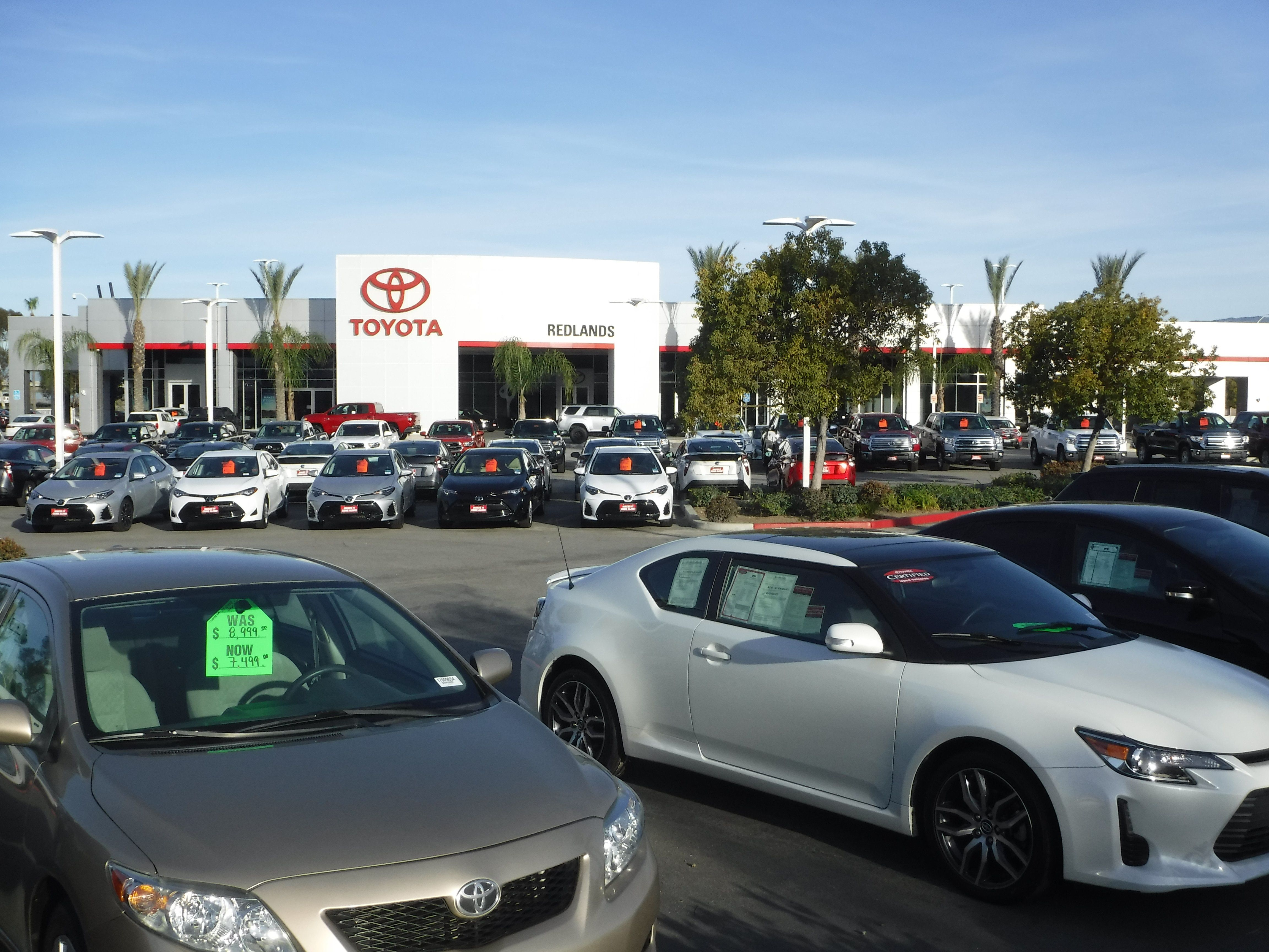 Preownedvehicles Newvehicles Toyotavehicles Toyotaservice Autorepairservice Autorepair Oilc Toyota Dealership Redlands Ca Pinte