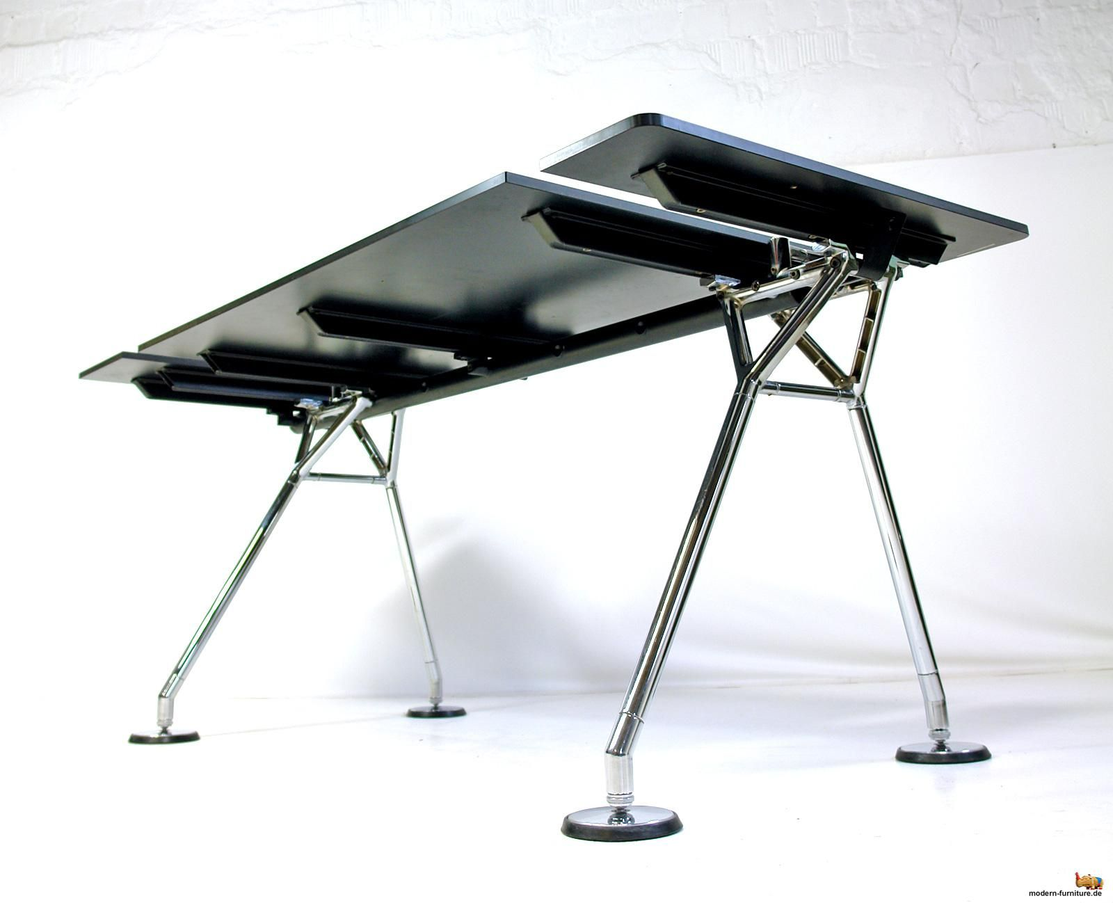 AreaNeo | Norman Foster Nomos desk / table for Tecno Italy 1986 ...