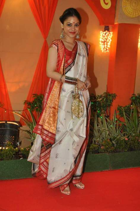 Bengali sarees in weddings