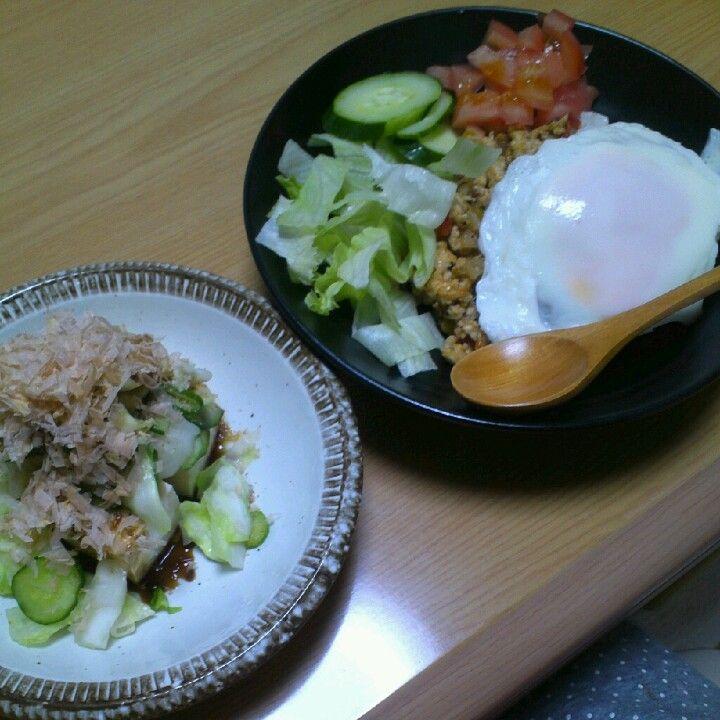 2012*9*1 ガパオ。きゅうりとキャベツのおかかゴマポン酢豆腐。