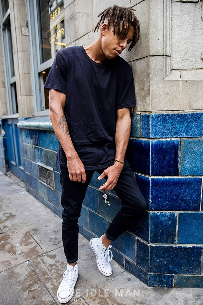 Mens street style | Black on Black For a safe yet stylish