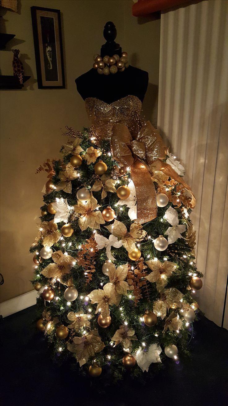 Non traditional christmas tree ideas - Risultati Immagini Per Albero Di Natale Con Manichino Donna