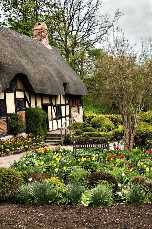 Cottage places i d liked to live landhaus haus und haus ideen - Cottage garten terrasse ...